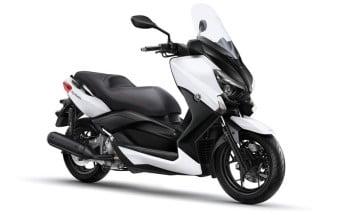 2015-Yamaha-X-MAX-250
