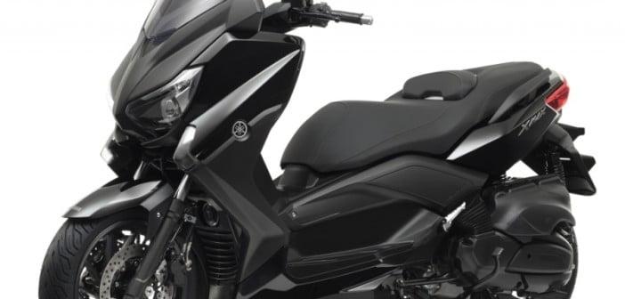 Yamaha_xmax_400