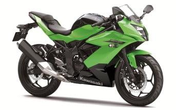 2015-Kawasaki-Ninja-250SL-ön