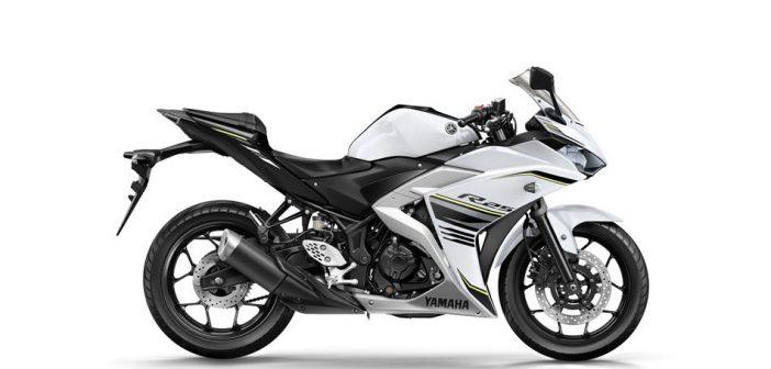 2017-Yamaha-YZF-R250-EU-Milky-White-beyaz-yan