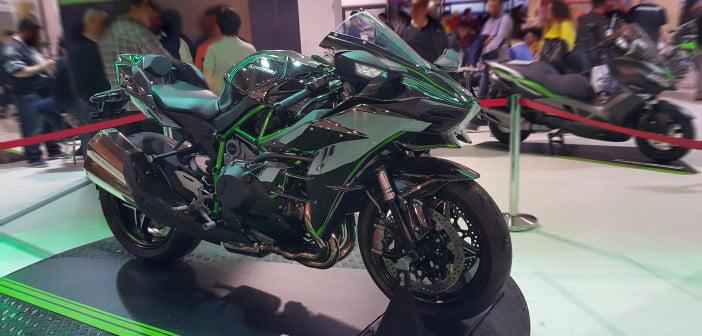 Kawasaki_Ninja_H2_Supercharged_1