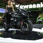 eicma-kawasaki-ninja-girl