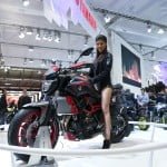eicma-yamaha-mt-07-girl