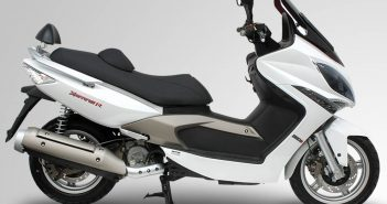 kymco_maxi_scooter_xciting_250ri
