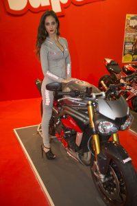2016-eicma-motosiklet-model-triumph-triple