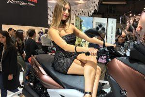 2016-eicma-motosiklet-model-yamaha-xmax